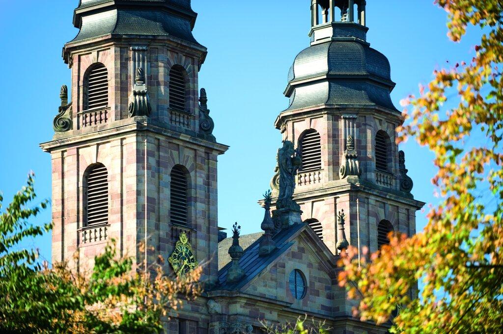 domtuerme herbst c Tourismus und Kongressmanagement Fulda