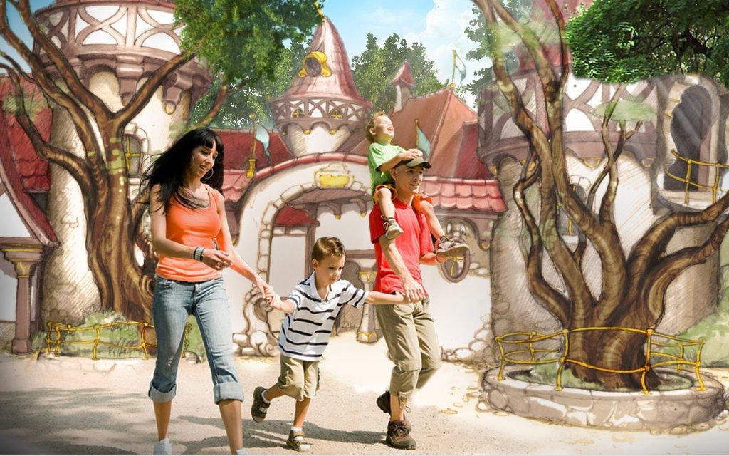 Familie vor Märchen-Kulisse in Europa Park