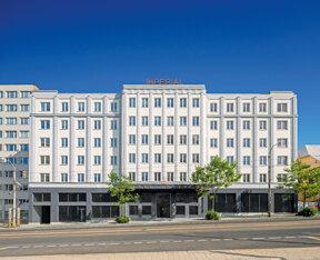 Art-déco-Fassade des Hotels Pytloun Grand Hotel Imperial