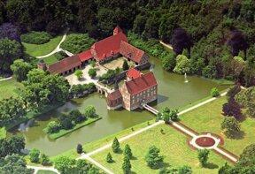 Burg Huelshoff von oben c Presseamt Münster Bernhard Fischer