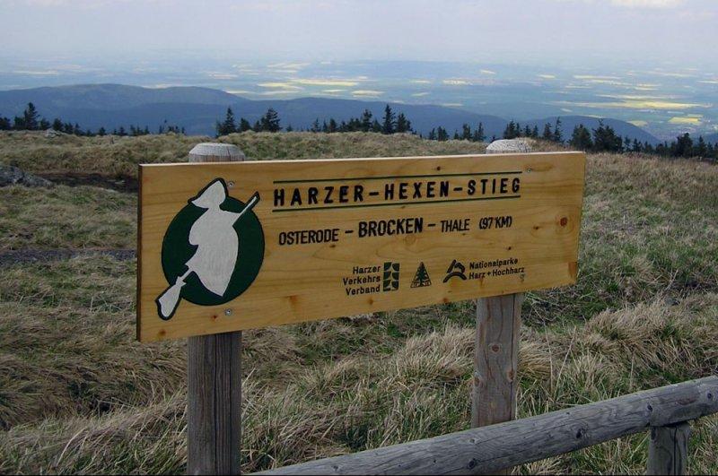 Harzer-Hexen-Stieg Schild vom Brocken