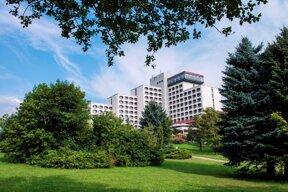AHORN-Berghotel-Friedrichroda-AussenansichtSommer