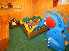 Spielezimmer 1