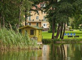BEST WESTERN Seehotel Frankenhorst Außenansicht mit Seesauna