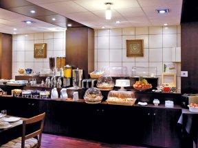 Hotel Axotel Lyon Perrache Petit Dejeuner2