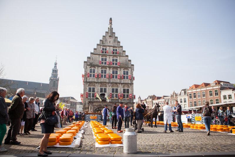 Marktplatz und Rathaus in Gouda