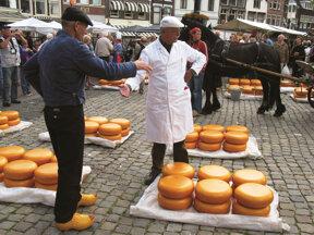 Auf dem Käsemarkt, Gouda  c NBTC.tiff