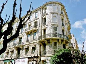 L'Annexe, Fassade
