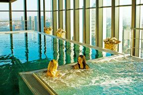 City Resort Leiden Wellness Innenpool 4