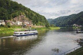 Schiff-Bohemia- Elbe