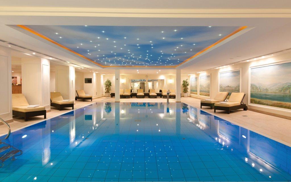 Maritim Hotel Dresden Pool Hallenbad