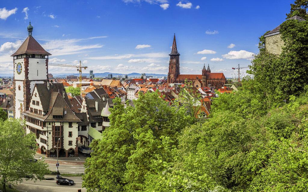 Altstadt Freiburg mit Blick auf Münster