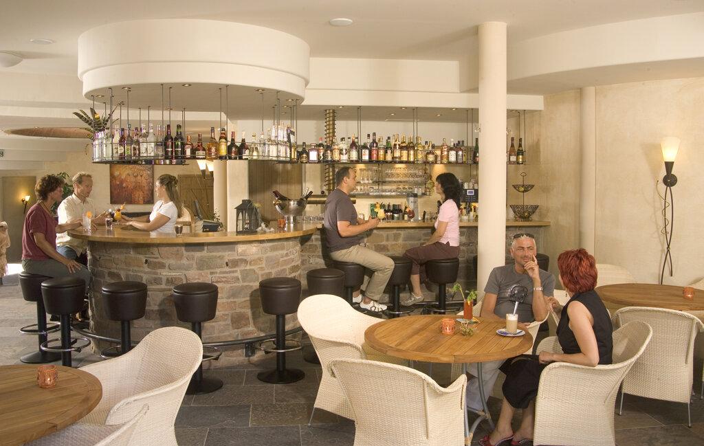 Ernst an der Mosel Hotel Pollmanns Bar