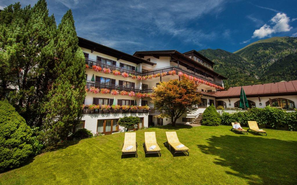 Bad Hofgastein Johannesbad Hotel St. Georg aussen Außenansicht