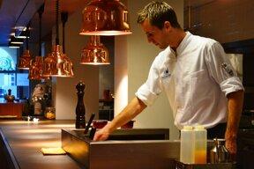 DenK Brasserie-Lounge 10