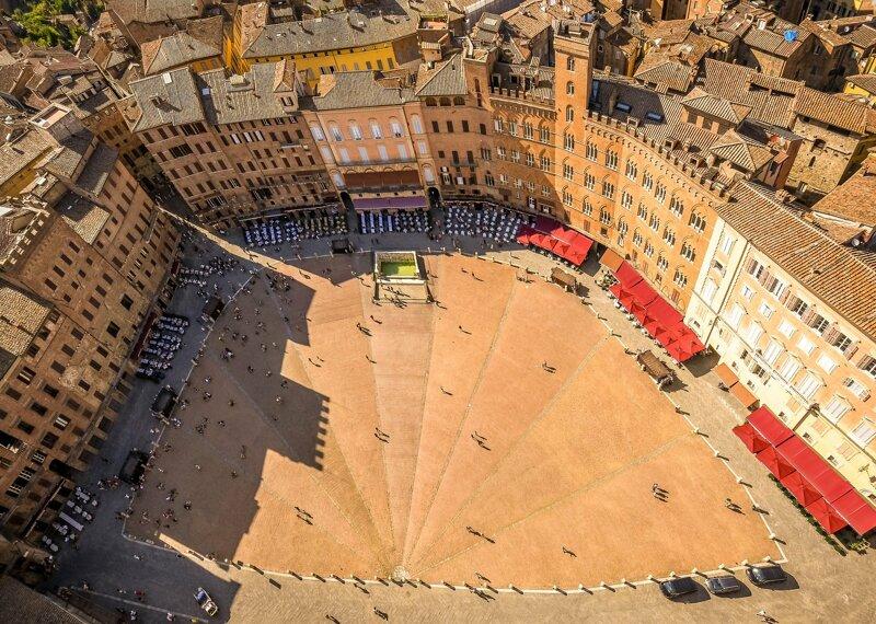 Piazza del Campo, einer der schönsten Plätze der Welt