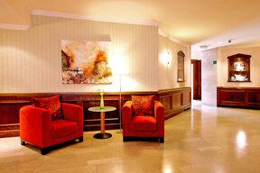 NH Gent Sint Pieters Lounge und Rezeptionsbereich Foto NH