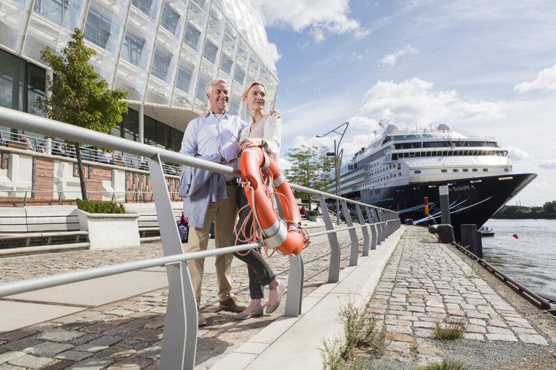 Cruise Center Hafencity , Unilever Terrassen, Best Ager©www.mediaserver.hamburg.de, Foto Jörg Modrow