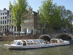 Canal-Bus 03