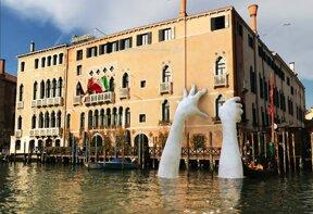 Biennale Venedig 2017 Lorenzo Quinn