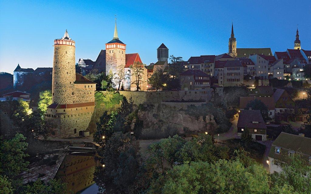 Die Altstadt von Bautzen in der Dämmerung