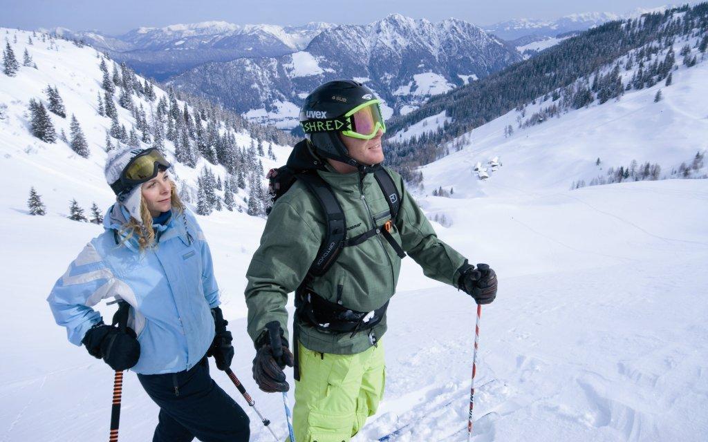 Skifahrer Paar am Wiedersbergerhorn
