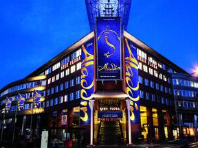 Neue Flora mit Aladdin Banner quer © Stage Entertainment
