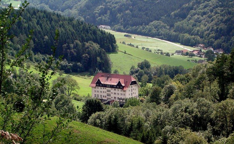 Schwarzwaldklinik Glottertal Außenansicht