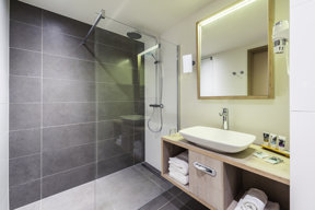 Mercure Blankenberge Superior-DZ Badezimmer