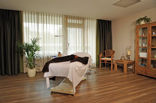 BeautyWelt Behandlungsraum c Hotel