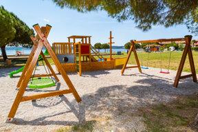 Spielplatz Strand c Hotel Vile Park