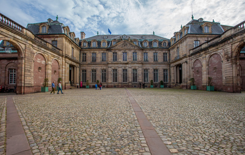 Palais Rohan, cour intérieur