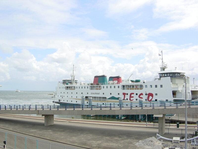 Fährschiff TESO