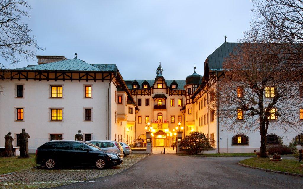 Marienbad Chateau Monty SPA Resort aussen Außenaufnahme