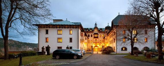 Exterior Chateau Monty