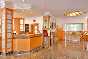 Quality Hotel Augsburg Lobby Rezeption