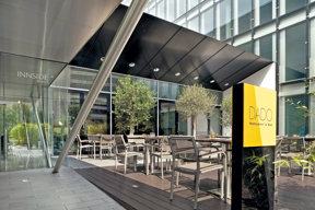 208InnsideDusseldorfSeestern-Dado Bar Restaurant Terrace
