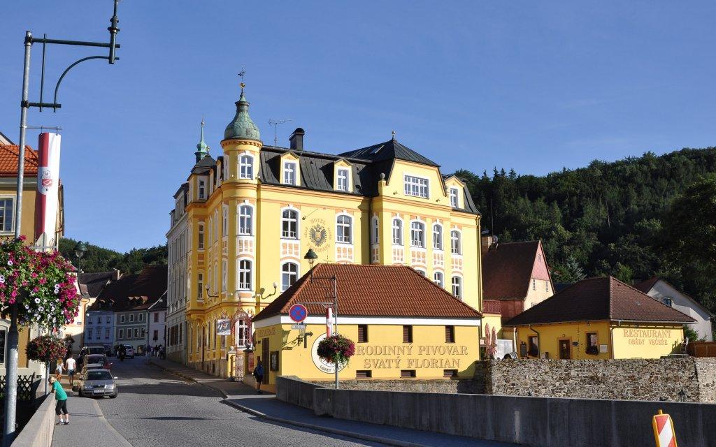 Loket Hotel St. Florian, Cisár Ferdinand aussen Außenansicht