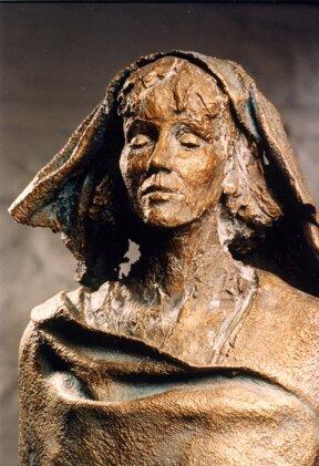 Hildegard Statue im Museum - St. Hildegard Statue in the Museum