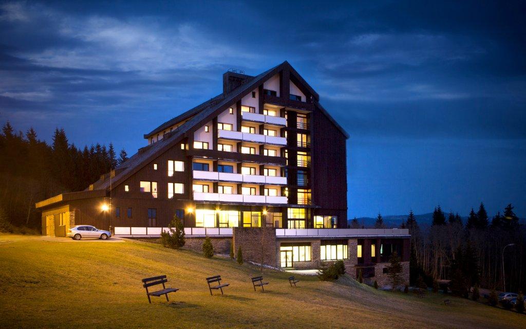 Zelezná Ruda Hotel Spicák, Hotel Horizont aussen Außenansicht