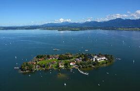 Chiemsee Fraueninsel c Chiemsee-Alpenland Tourismus