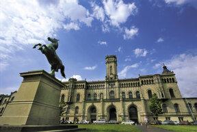 Leibniz+Universität c HMTG