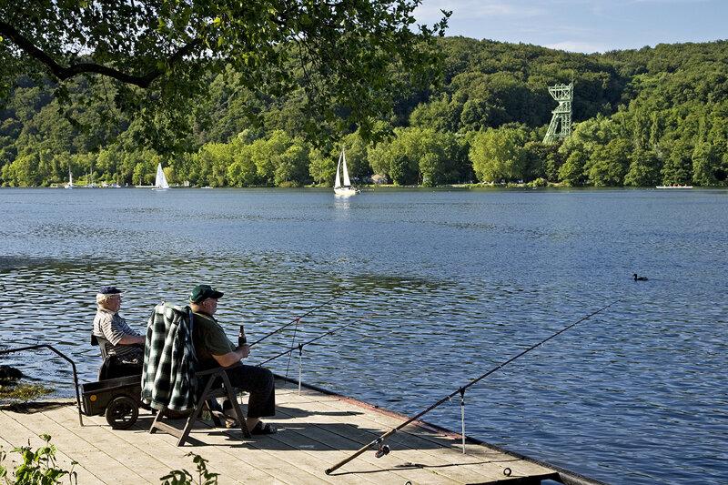 Angler am Baldeneysee