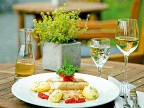 Terrasse mit Essen