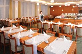 Hotel Restaurant 001