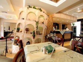 Restaurant-in-der-Villa-Martini