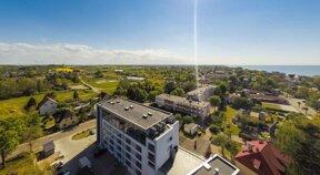 Blick von oben auf das Skal Hotel Henkenhagen