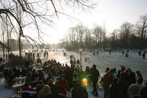 Biergarten Seehaus im Winter Foto Tommy Loesch, München Tourismus