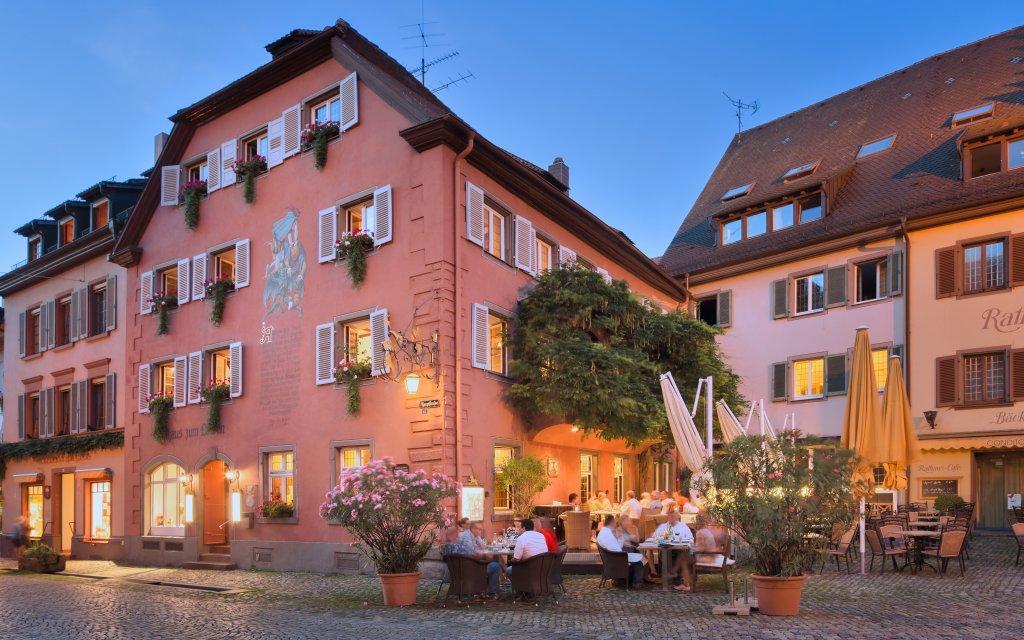 Staufen Hotel Löwen mit Haus Goethe aussen Außenansicht