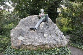 Oscar Wilde Monument©Pixabay